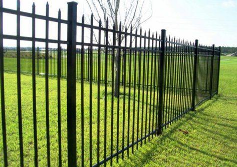 забор из профильной трубы в Ростове-на-Дону